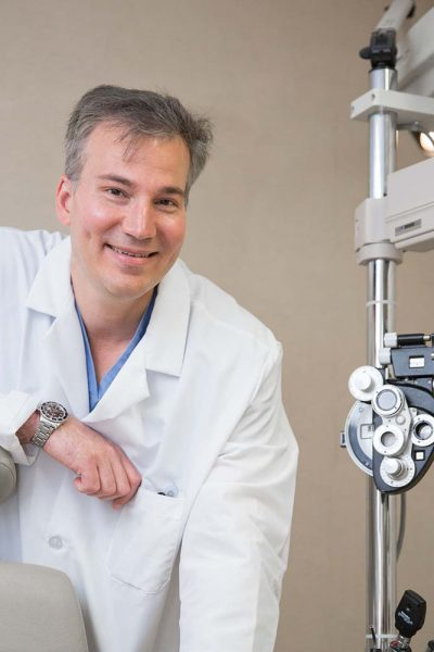 dr. james dello russo one of the best cataract surgeon on bergenfield, new jersey